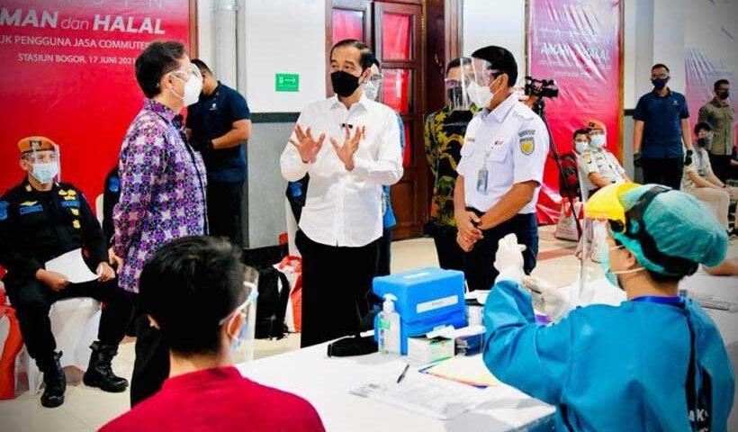 Presiden: Percepat Vaksinasi di Tempat dengan Mobilitas dan Interaksi Tinggi