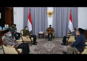 Ketua Satgas Pastikan Kesiapan RS Lapangan Indrapura Antisipasi Lonjakan Kasus COVID-19 di Jatim